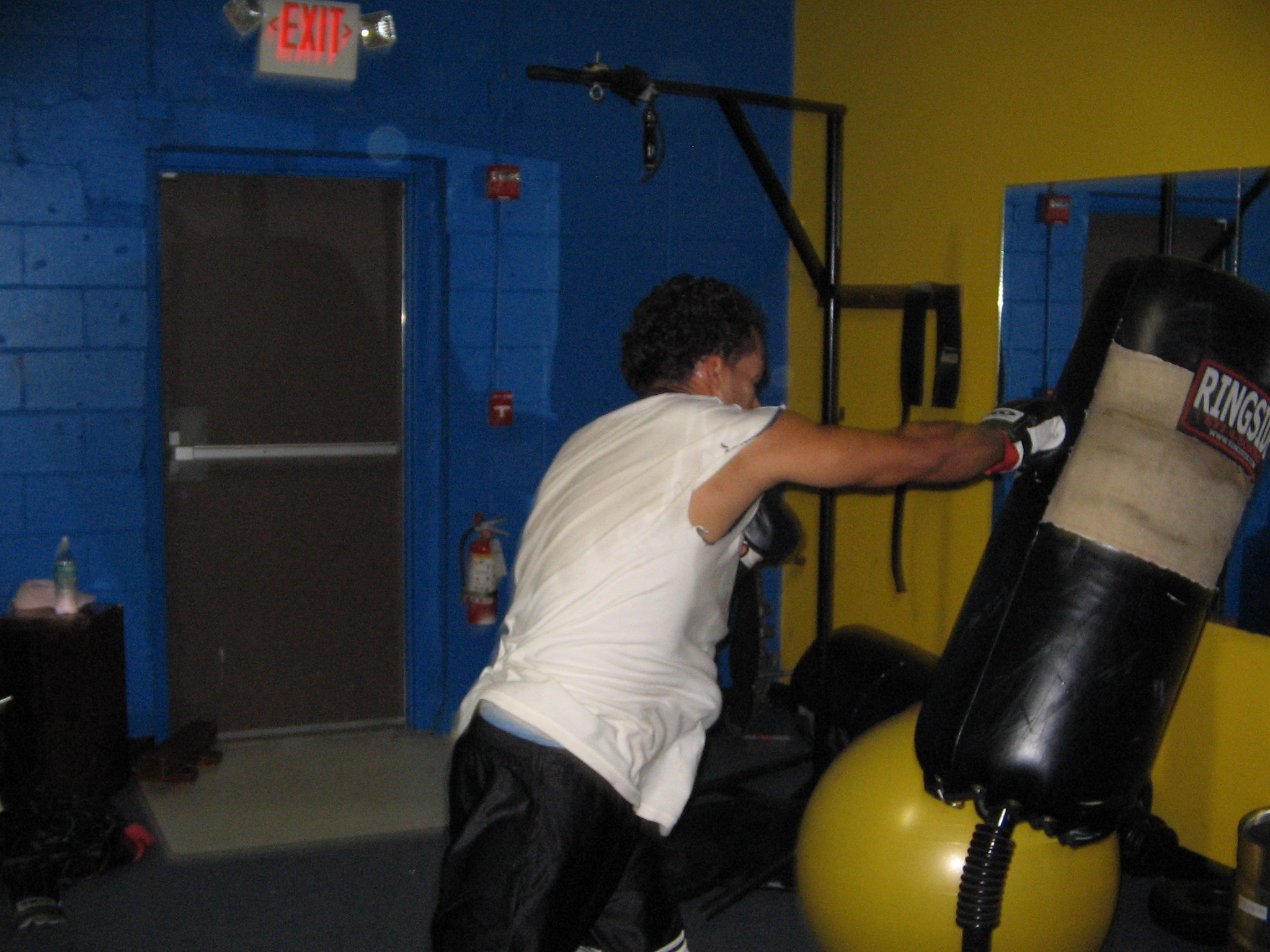 Heavyweight slugger Ricky working the heavy bag